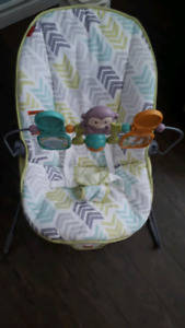Fisher Price Vibrating Baby Bouncer/Seat