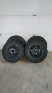 WINTER TIRES 215/70/15 Uniroyal Tiger Paws on rims
