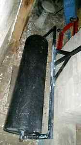PULL BEHIND STEEL LAWN ROLLER 48 INCH