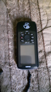 Garmin gps72 with carrying case