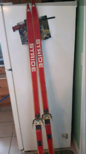 Pair of stride skis 50$ obo