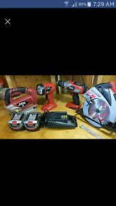 >>>>both batteries are dead<<<<18 VOLT CORDLESS tools like new