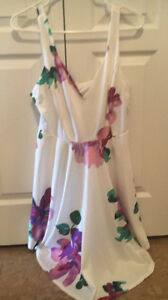 White Flowered Summer Dress- Large