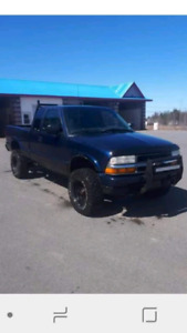 Lifted 2003 Chevy s10