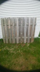 Panneaux de clôture à donner