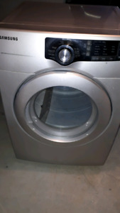 Samsung dryer in very good condition