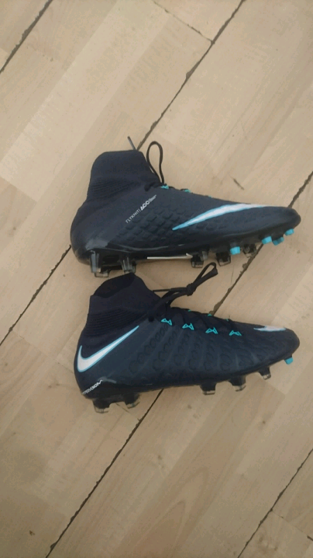 cheap for discount 1987b 02829 Nike mercurial hypervenom flyknit acc size 5.5 blades | in Edmonton, London  | Gumtree