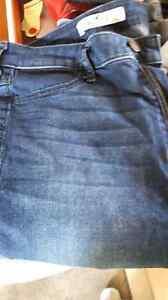 Two pair Hollister Jeans Windsor Region Ontario image 3