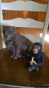 $20. for this Large Tiger with her Cub (Ceramic Piece) Windsor Region Ontario image 2
