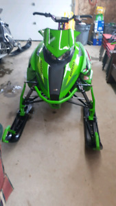 2016 arctic cat m8000 ltd