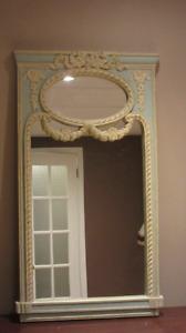 Decorative mirror / Miroir décoratif
