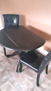 Dining room table and chairs set REDUCED