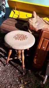 Antique Claw Foot Style Piano Organ  Stool