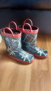 Rain boots size 8 toddlers