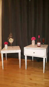 2 tables d'appoint antique