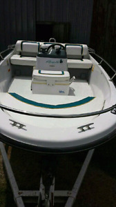 Fully Restored 1995 Boston Whaler Rage