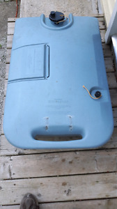 portable sewage tank on wheels excellent condition