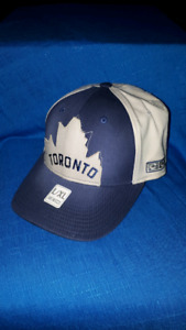 Toronto Maple Leafs Flex Back Hockey Hat BRAND NEW