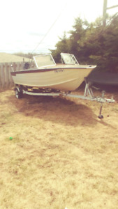 16 foot boat, trailer and motor(not working)