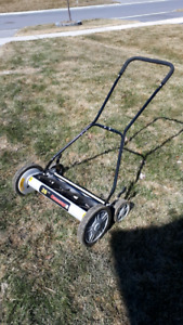 "Manual 20"" lawnmower."