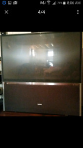 65 inch Toshiba dvi projection tv