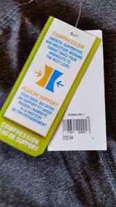 New with tags..  Yoga pants! Kingston Kingston Area image 6