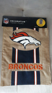 DENVER BRONCOS DECORATIVE TEAM FLAG
