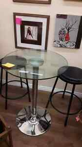 Bar table and 2 stools.