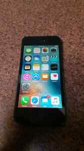 Iphone 5 32gb (Rogers/Fido)
