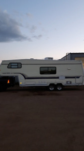 1995 kustom koach 28ft 5th wheel