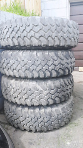 33 10.50 R15 LT SET 4  TIRES ON 6 BOLT ALUMINUM GM CHEVY RIMS