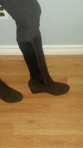 Aqua Diva brown suede boots never worn