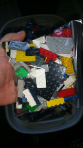 LEGO $5 SANDWICH BAGS FULLY ZIPPED