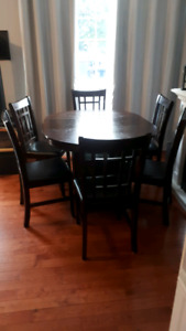 Solid Wood Table with 6 Chairs- Shelf - Removable Leaf to suit 4