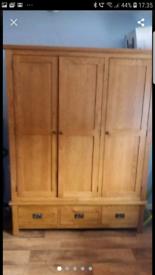 3 door oak wardrobe