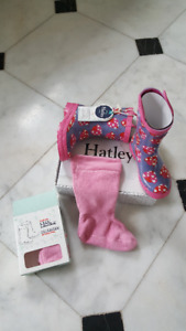 Hatley size 11 girl Lady Bug rain boots & liner - New with tags!