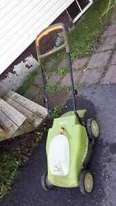 Neuton 5.2 lawn mower