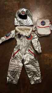 2T/3T kids astronaut costume so cute NEW