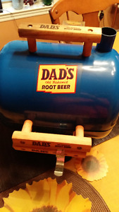 DAD'S ROOT BEER charcoal BBQ with wooed chips