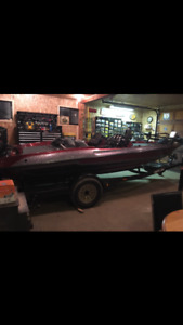 97 Stratos 282 Bass Boat