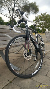 Brand New Cannondale Synapse Alloy 6 Disc Bike - 2016