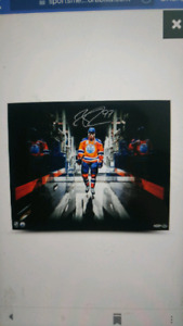 Signed picture of Connor McDavid