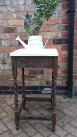 Antique Oak occassional table with barley-twist legs
