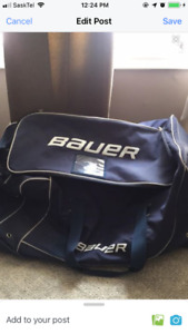 Bauer Bag with wheels