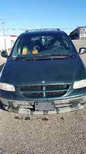 1996 Dodge Caravan 3.3 Minivan, Van.Price:600$.Good price.