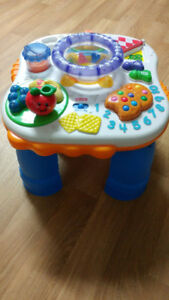 Table d'éveil Fisher Price