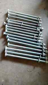 """16 - 8"""" carriage bolts with nut and washer Kitchener / Waterloo Kitchener Area image 1"""