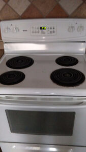 Kenmore Self Cleaning Stove and Oven