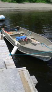 REDUCED 12' aluminum boat $600