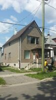 Awesome 2 bedroom Main Floor Apartment-Utilities Included!
